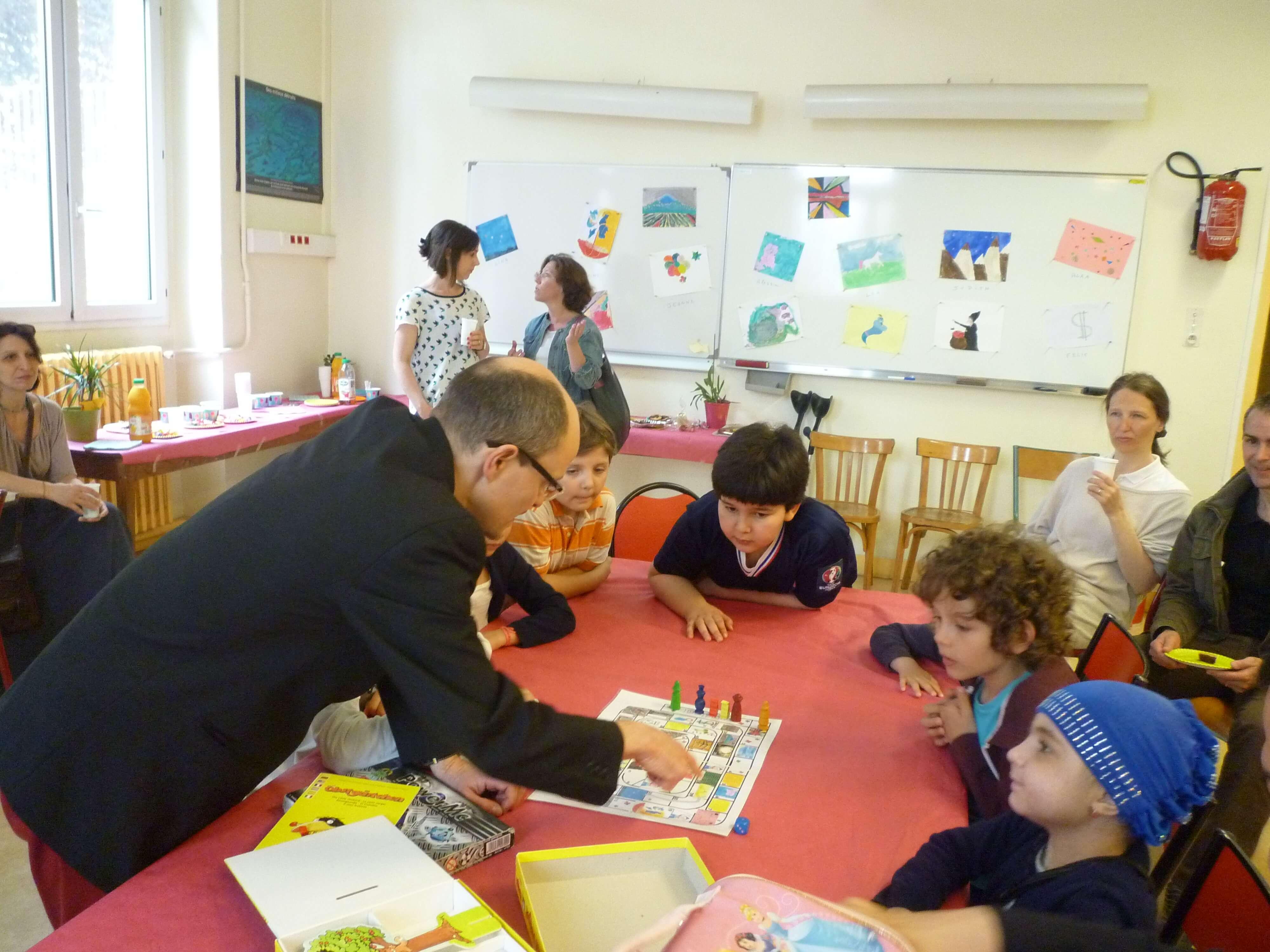 Eric Martin : «Mon Quotidien De Ludothécaire Auprès Des Enfants Malades»