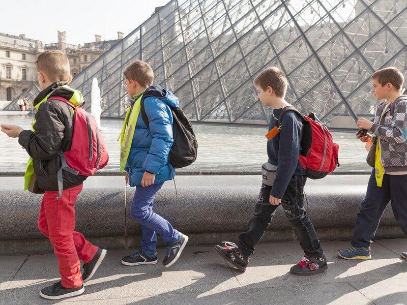 Interview De Stephanie Aujames, Guide Conférencière Des Séjours Scolaires à Paris Aux PEP75